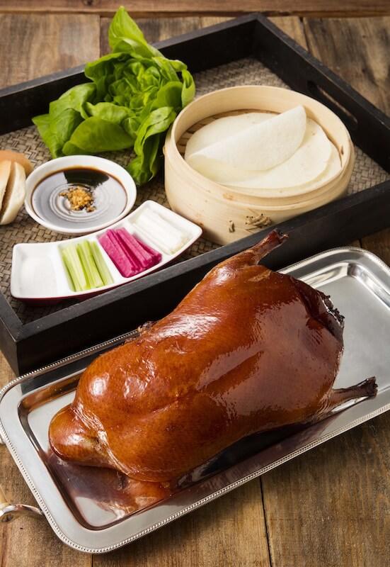 烤北京填鴨 Barbecued Peking duck
