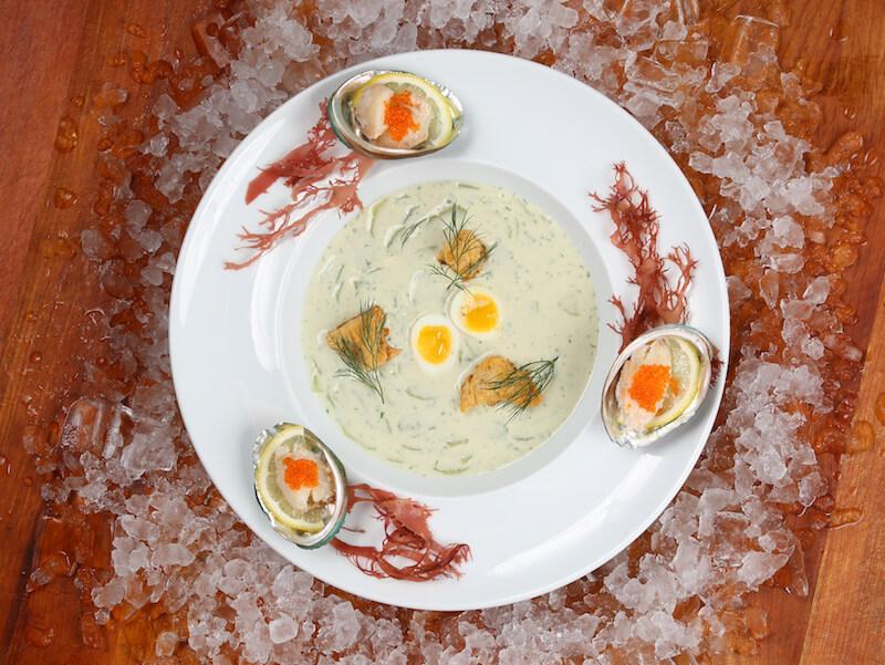 令你胃口大開的海鮮餐!cafe deco夏日滋味巡禮 令你胃口大開的海鮮餐!Cafe Deco夏日滋味巡禮 Chilled Cucumber Veloute   with Dill Irish Crabmeat and Quail Egg