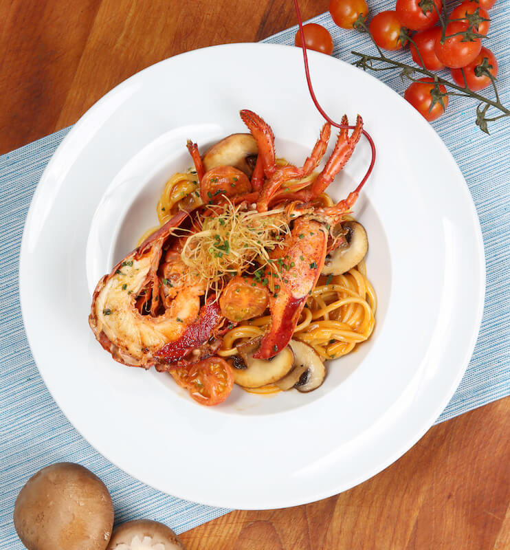 令你胃口大開的海鮮餐!cafe deco夏日滋味巡禮 令你胃口大開的海鮮餐!Cafe Deco夏日滋味巡禮 Grilled Lobster Linguine Pasta    pcs Canadian Live Lobster