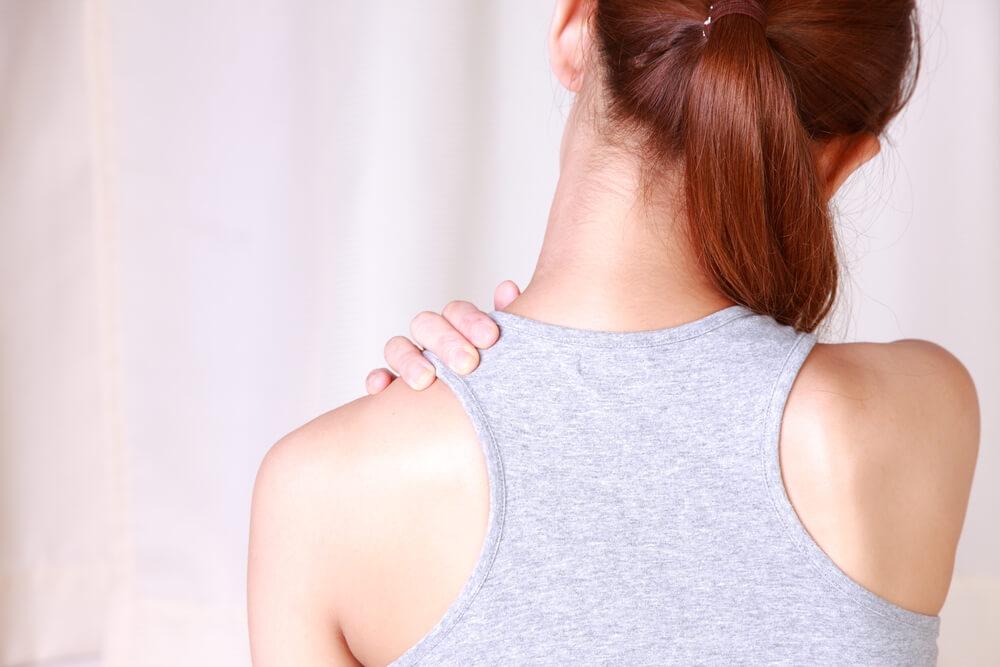頸紋揭露年齡秘密?簡易6個頸部護膚法 頸紋揭露年齡秘密?簡易6個頸部護膚法 neck5